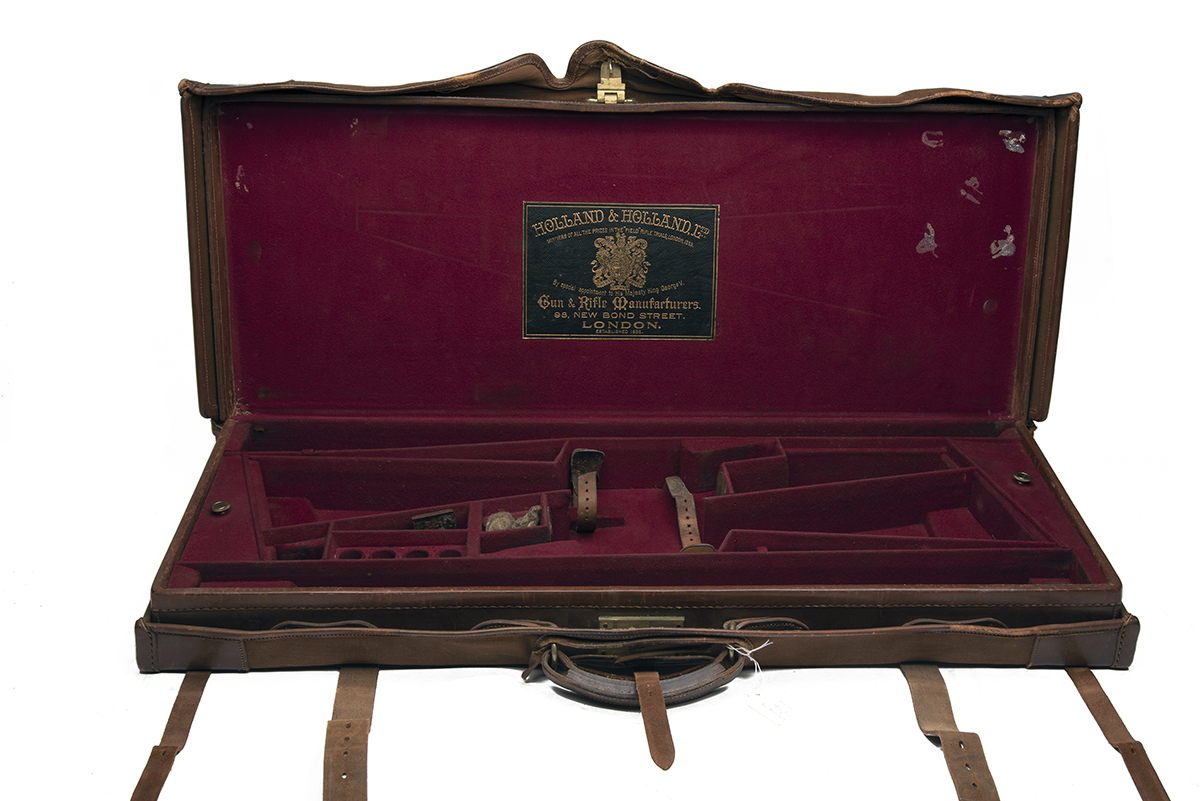 HOLLAND & HOLLAND LTD. A LEATHER DOUBLE GUNCASE, fitted for 30in. barrels, the interior lined with