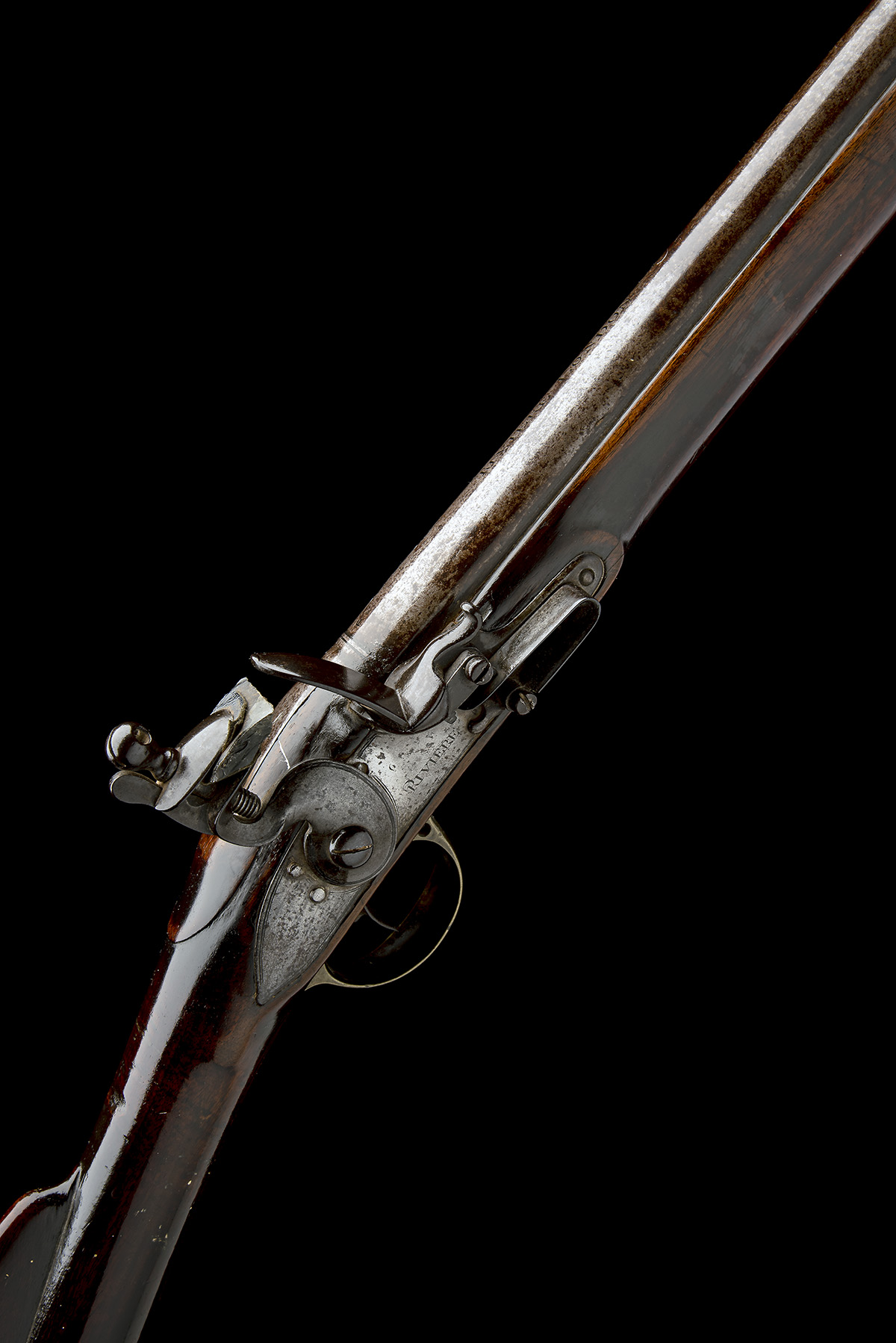 RIVIERE, LONDON A GOOD .750 FLINTLOCK MUSKET, MODEL 'INDIA PATTERN BROWN BESS', rack no. 4, WITH
