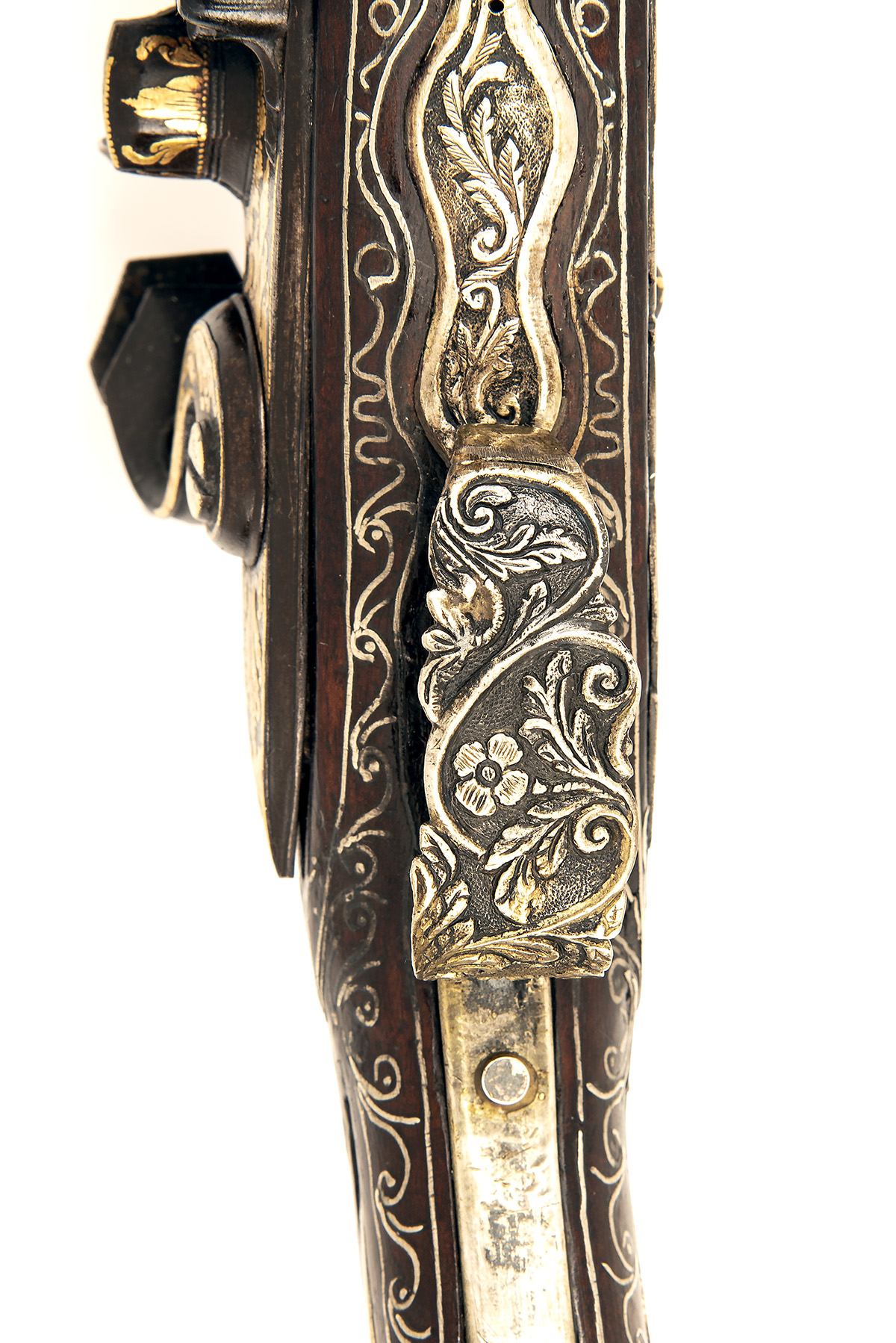 A GOOD PAIR OF 20-BORE FLINTLOCK OTTOMAN HOLSTER-PISTOLS WITH GILT DECORATION, UNSIGNED, no - Image 7 of 10