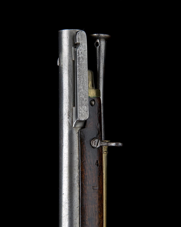 H. NOCK, LONDON A RARE .650 FLINTLOCK RIFLED VOLUNTEER CARBINE WITH ENCLOSED SCREWLESS LOCK, - Image 6 of 9