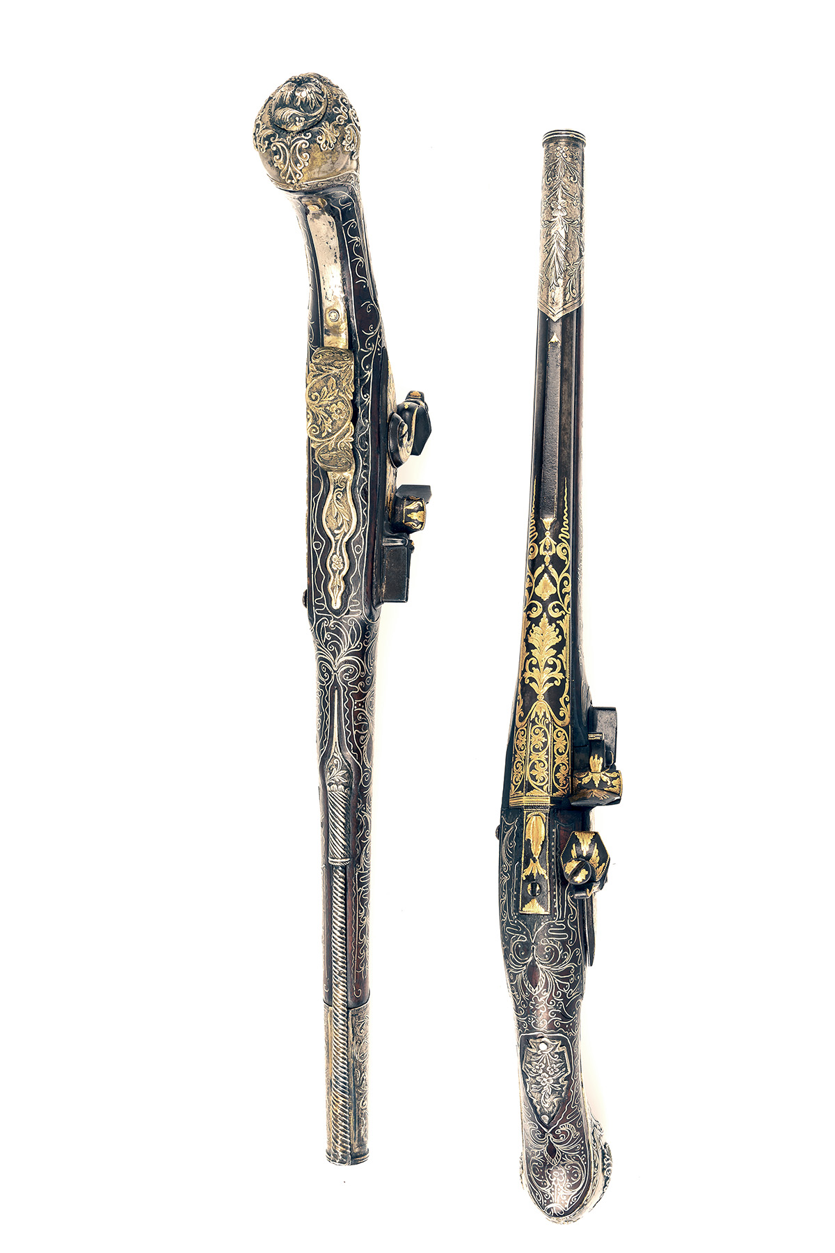 A GOOD PAIR OF 20-BORE FLINTLOCK OTTOMAN HOLSTER-PISTOLS WITH GILT DECORATION, UNSIGNED, no - Image 3 of 10