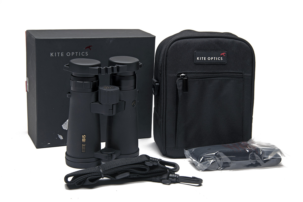 KITE OPTICS A SET OF IBIS ED 8X42 BINOCULARS, with canvas carry case and makers carton.