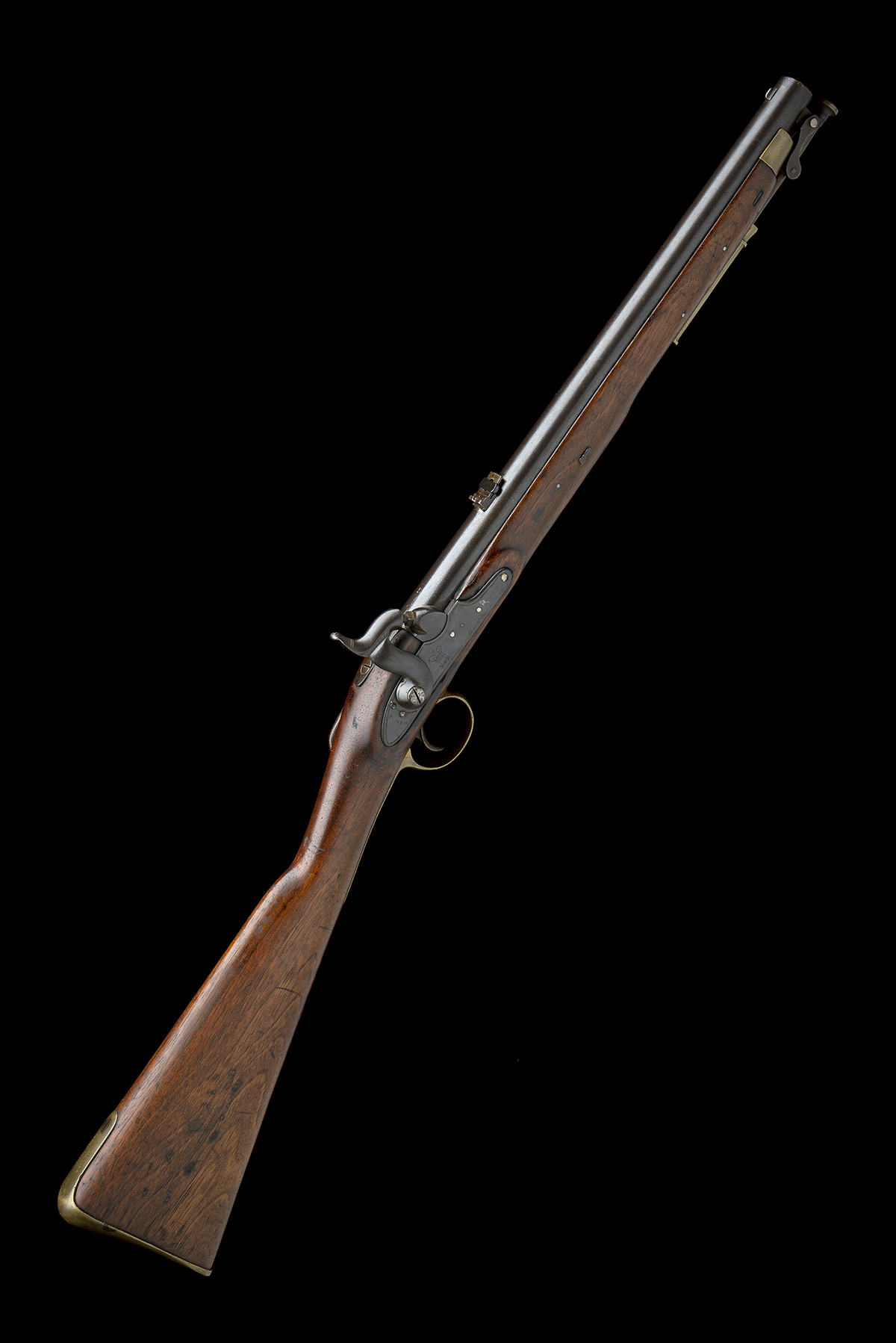 TOWER ARMOURIES, LONDON A .685 PERCUSSION RIFLED SADDLE-CARBINE, MODEL 'PAGET CAVALRY CARBINE',