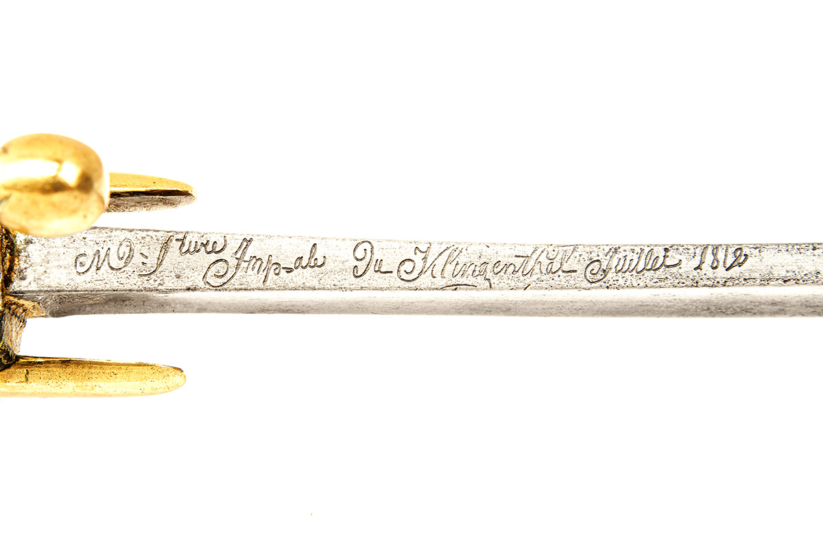 A NAPOLEONIC-ERA FRENCH HUSSAR TROOPER'S SWORD SIGNED KLINGENTHAL, no visible serial number, dated - Image 4 of 4