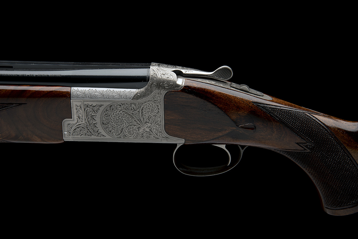 MIROKU FIREARMS MFG. CO. A NEW AND UNUSED 12-BORE 'MK 60 SPORT GRADE 5' SINGLE-TRIGGER OVER AND - Image 4 of 8