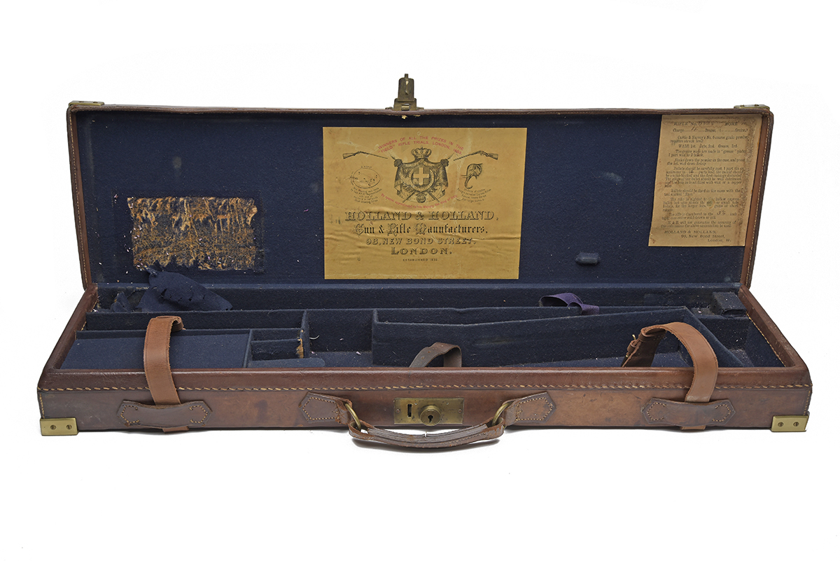 HOLLAND & HOLLAND A BRASS-CORNERED LEATHER 4-BORE SINGLE BARREL GUNCASE, fitted for a 28in.
