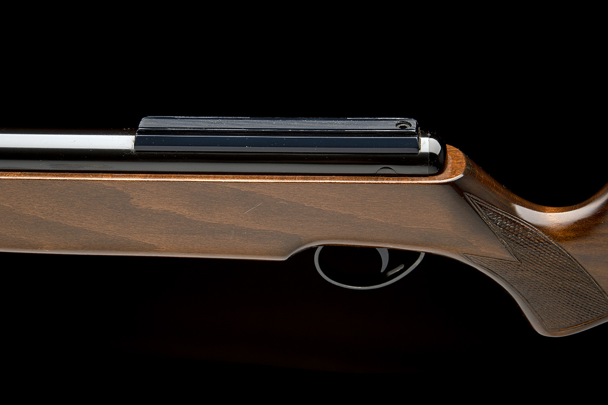 BSA, BIRMINGHAM A SCARCE .25 UNDER-LEVER AIR-RIFLE, MODEL 'SUPERSTAR 25', serial no. APH1983, - Image 4 of 7