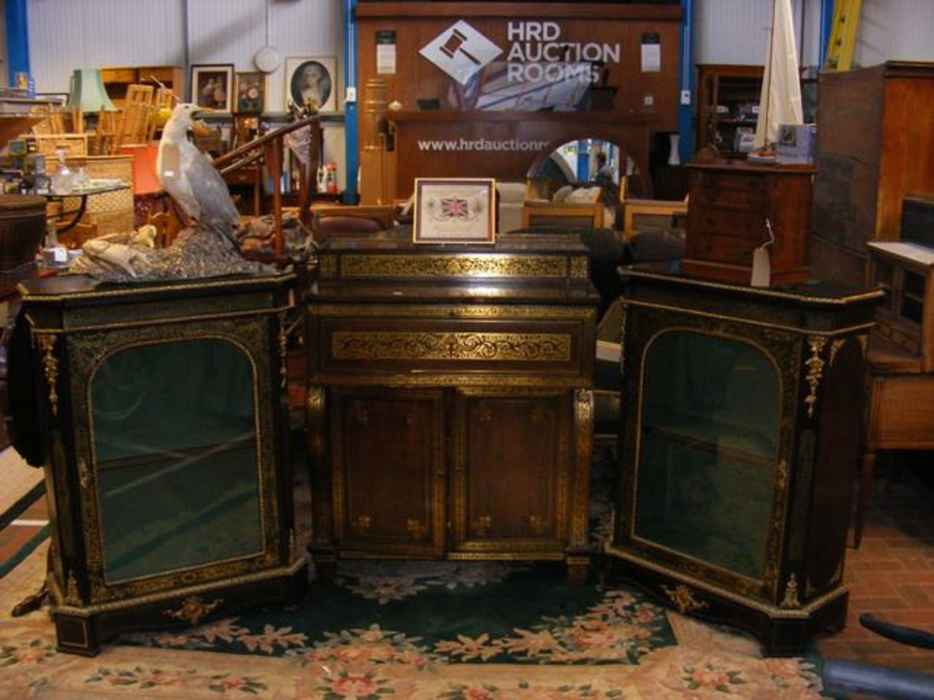 Antique, Collectables and Vintage - HRD Auction Rooms Ltd
