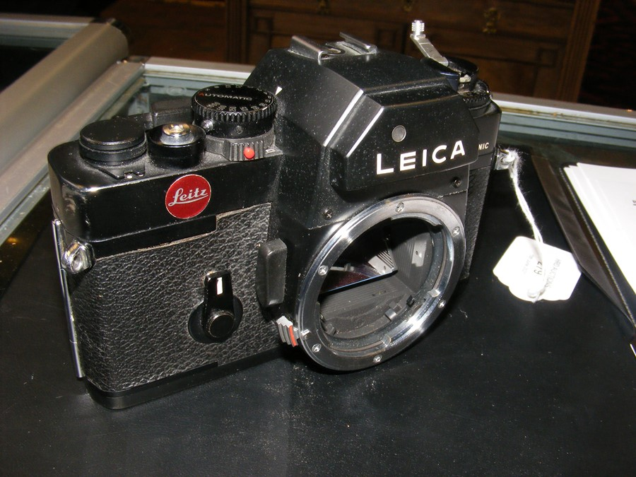 A Leica R3 electronic SLR camera - Image 3 of 13