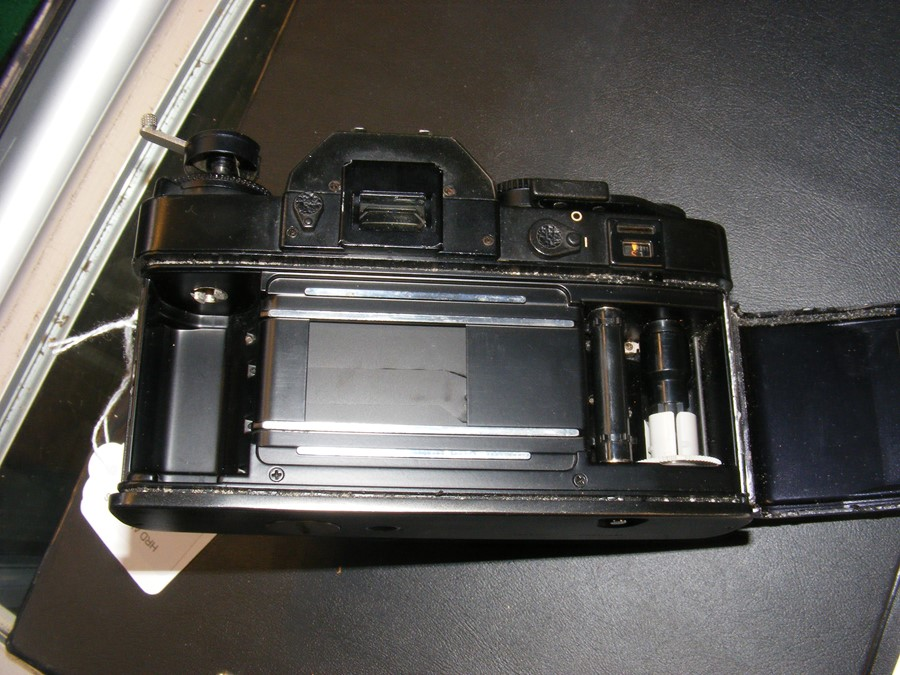 A Leica R3 electronic SLR camera - Image 11 of 13