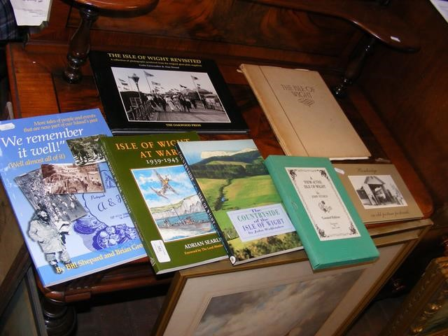 Various modern books relating to the Isle of Wight