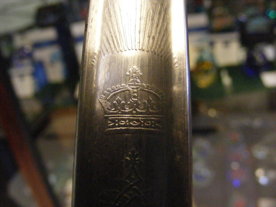 An antique military sword with shark skin and wire - Image 4 of 14