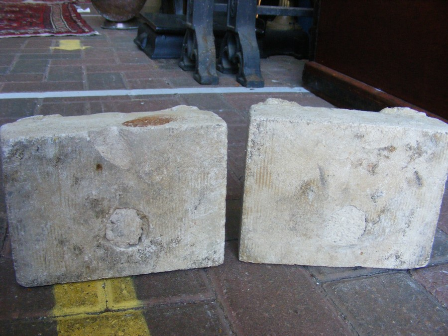 A pair of decoratively carved ancient Spanish ston - Image 10 of 12