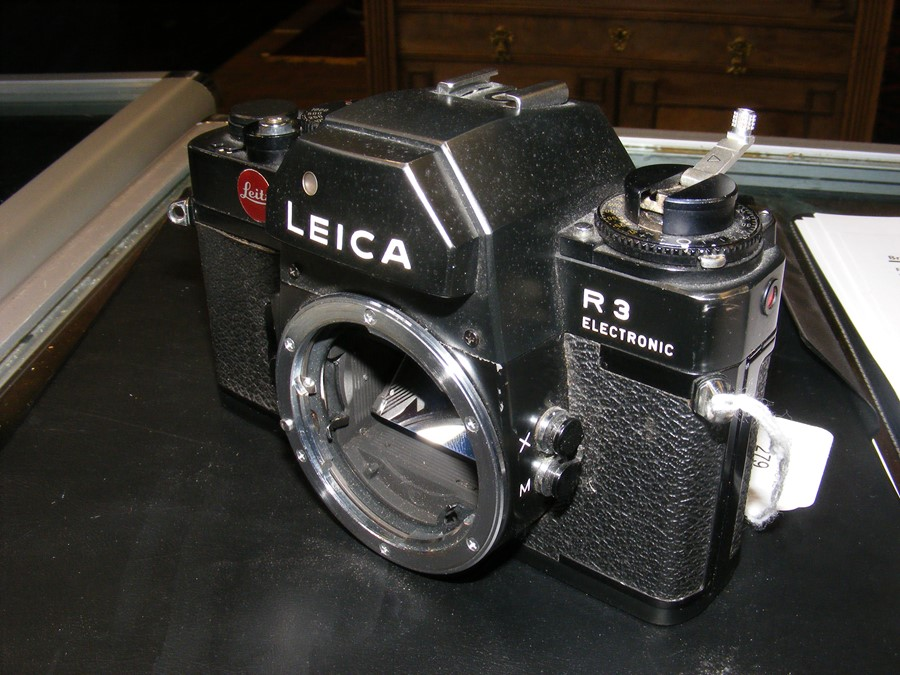 A Leica R3 electronic SLR camera - Image 4 of 13