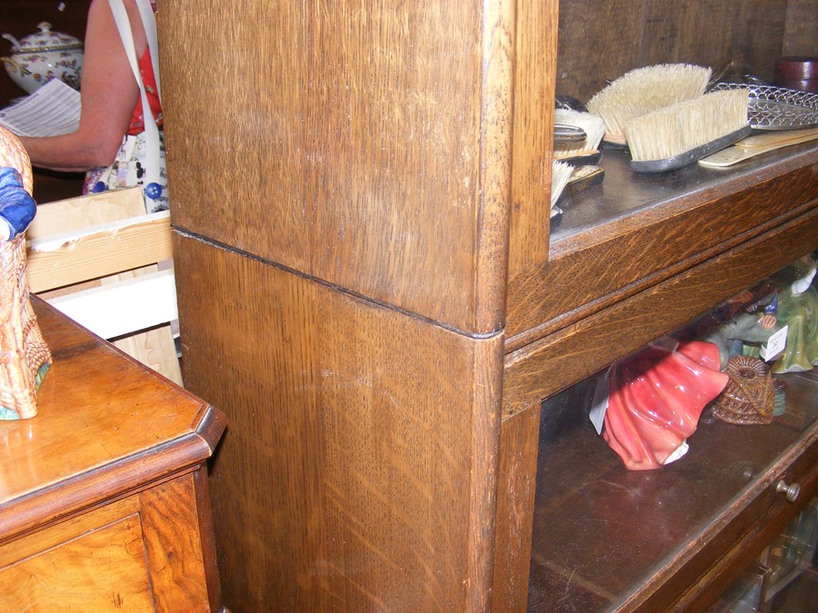 A Globe Wernicke style four section bookcase - Image 6 of 6