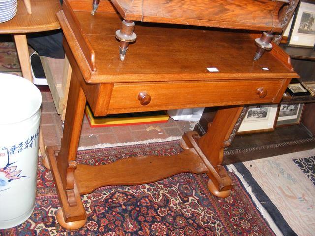 A mahogany desk - width 85cm