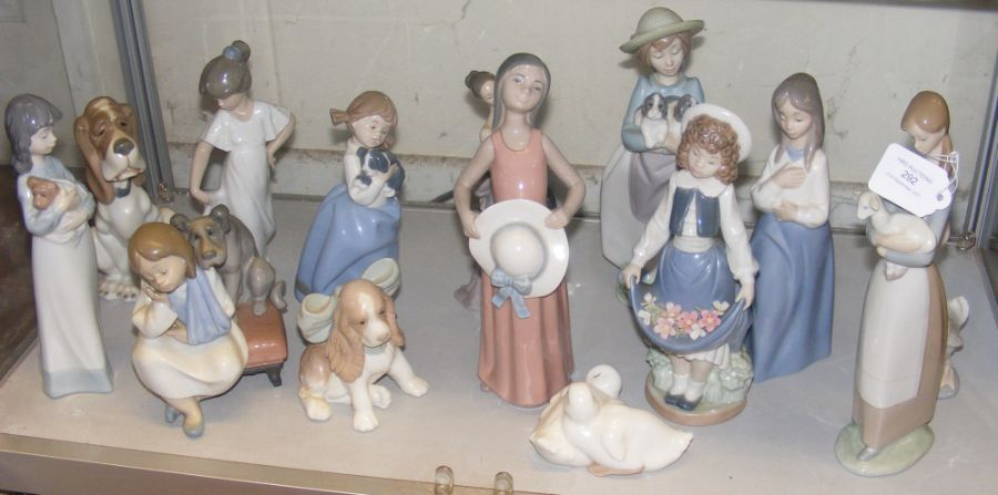 Selection of Lladro and other figurines and animal
