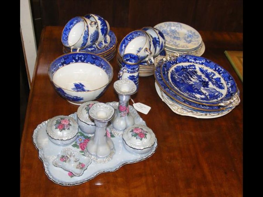 A blue and white Chinese pattern teaset, dressing