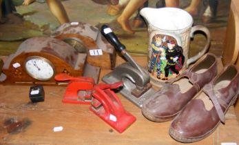 Mantel clocks, Beswick jug, together with collecta