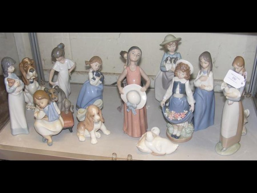 Selection of Lladro and other figurines and animal - Image 2 of 2
