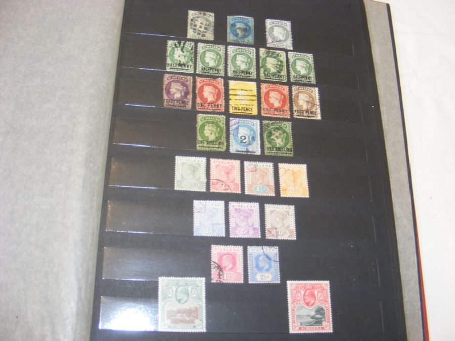 Albums bearing stamps from St Helena - Queen Victo