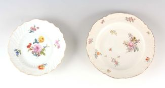 AN 18TH CENTURY SCALLOP EDGE MEISSEN SHALLOW DISH with moulded basketweave border painted