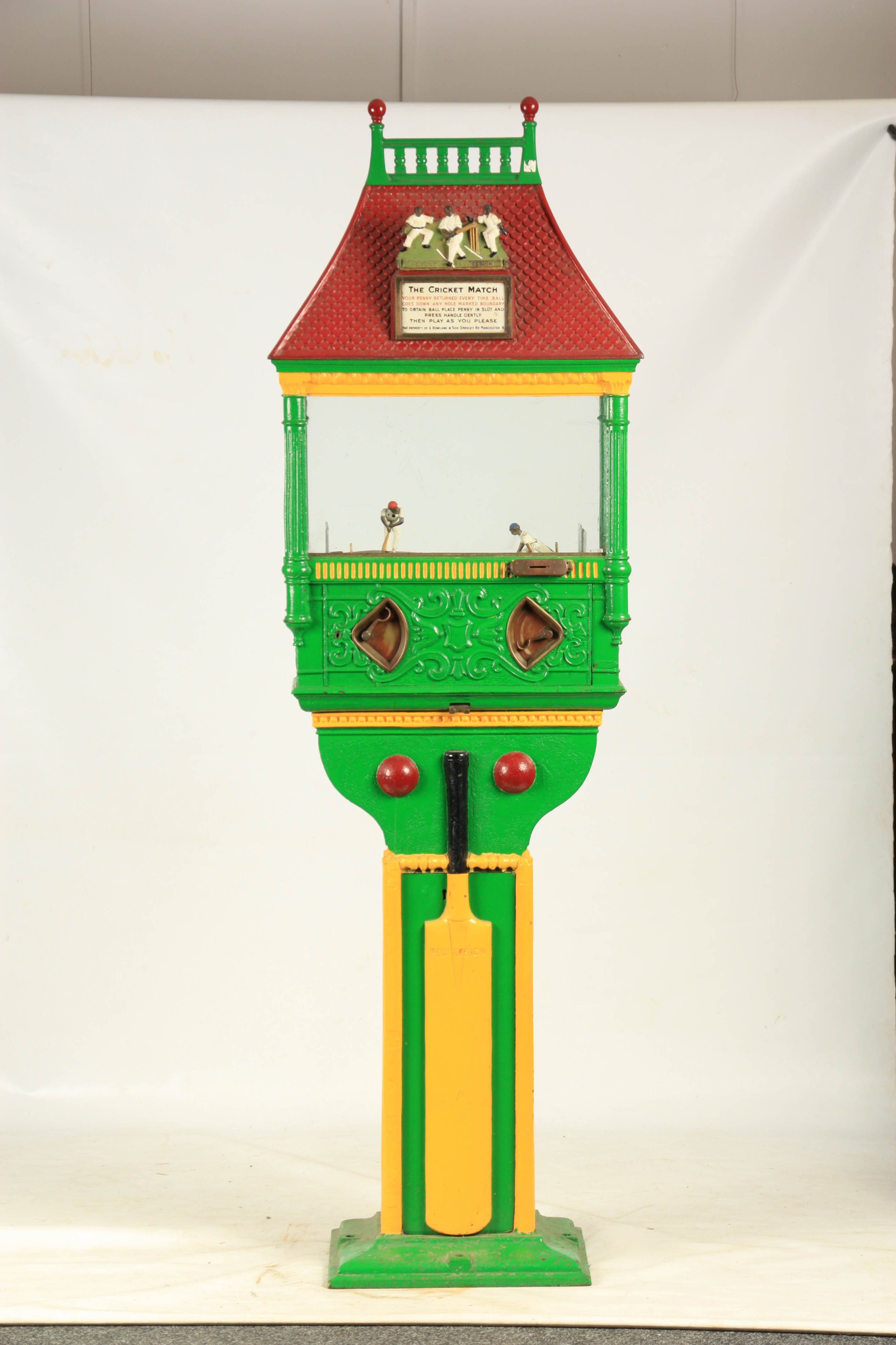 A LATE 19TH CENTURY PAINTED CAST IRON 'PENNY IN THE SLOT' CRICKET ARCADE MACHINE with tile effect - Image 5 of 14