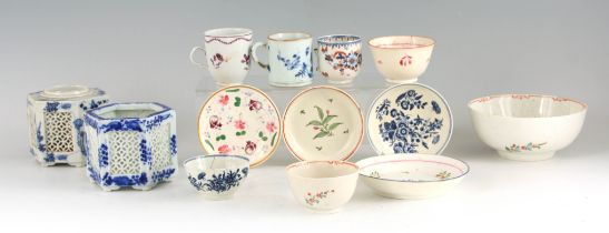 A SELECTION OF 18TH CENTURY ENGLISH AND ORIENTAL PORCELAIN including a Liverpool Bowl 15cm