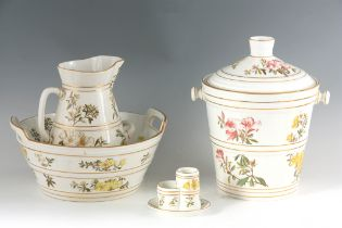 A STYLISH LATE 19TH CENTURY GEORGE JONES TOILET SERVICE comprising two-handled washbowl and jug,