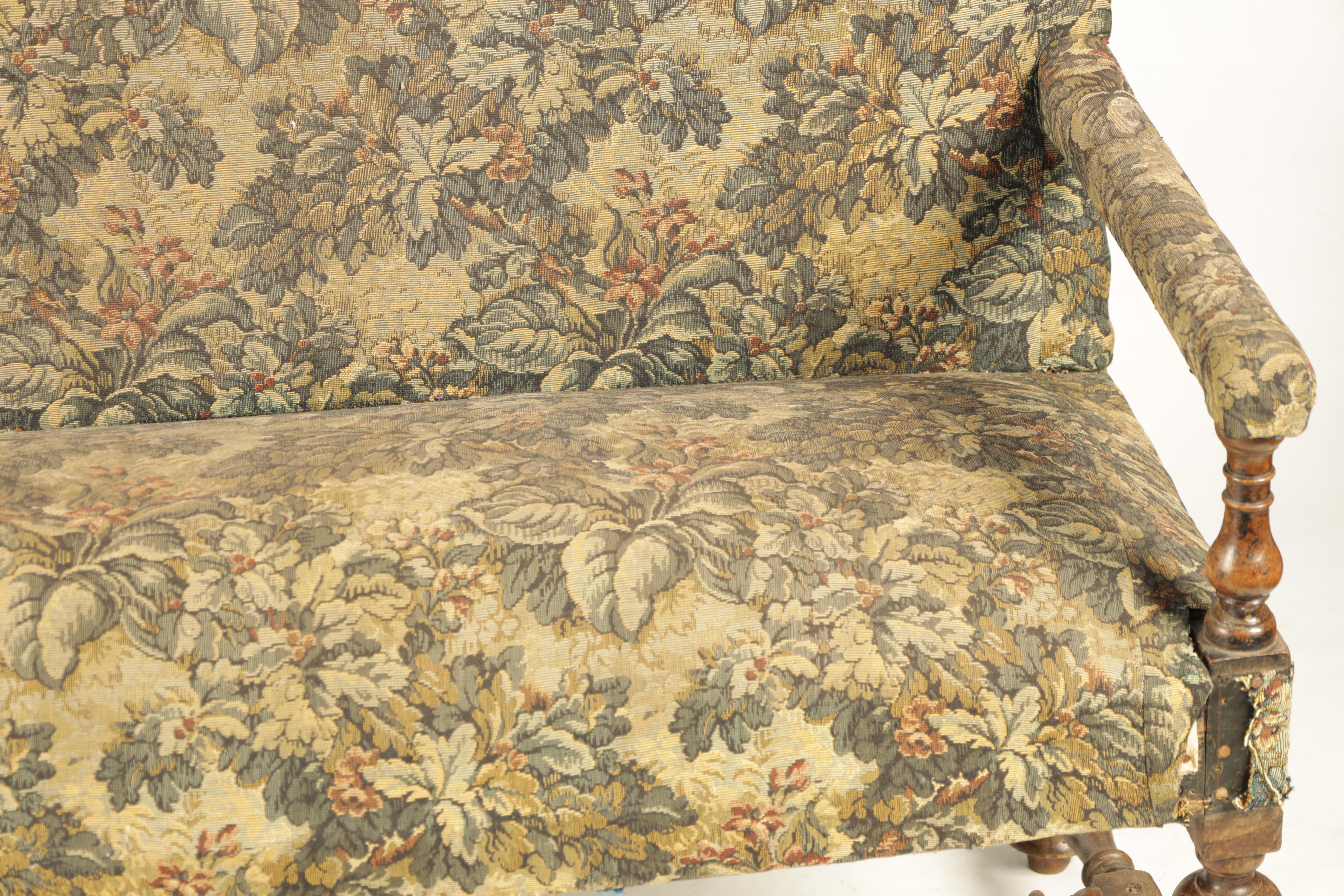 A SMALL LATE 17TH CENTURY TURNED WALNUT TWO SEATER SETTEE with tapestry upholstery, raised on a ring - Image 2 of 5
