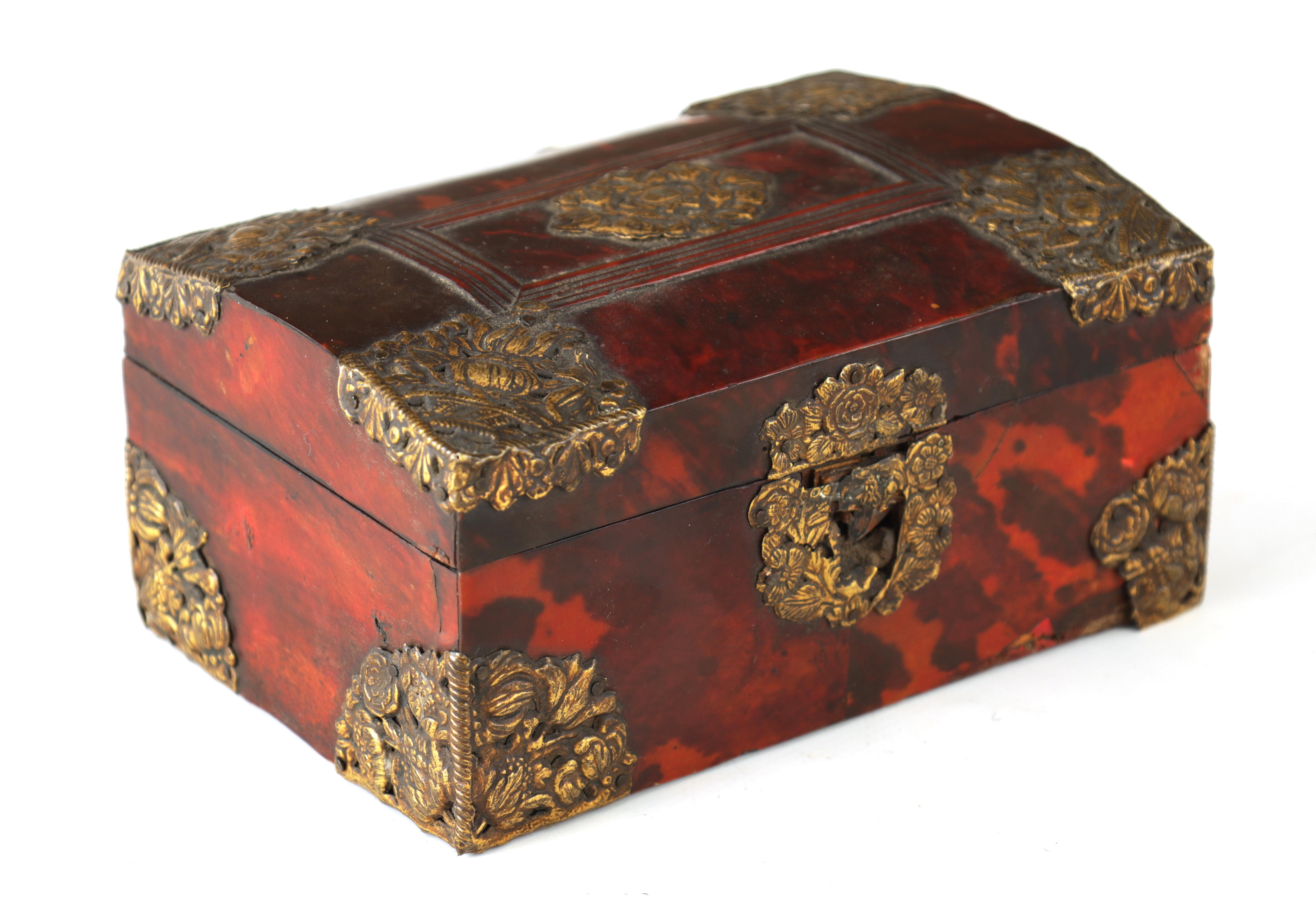 AN 18TH CENTURY DUTCH TORTOISESHELL AND GILT BRASS JEWELLERY BOX with domed locking lid and