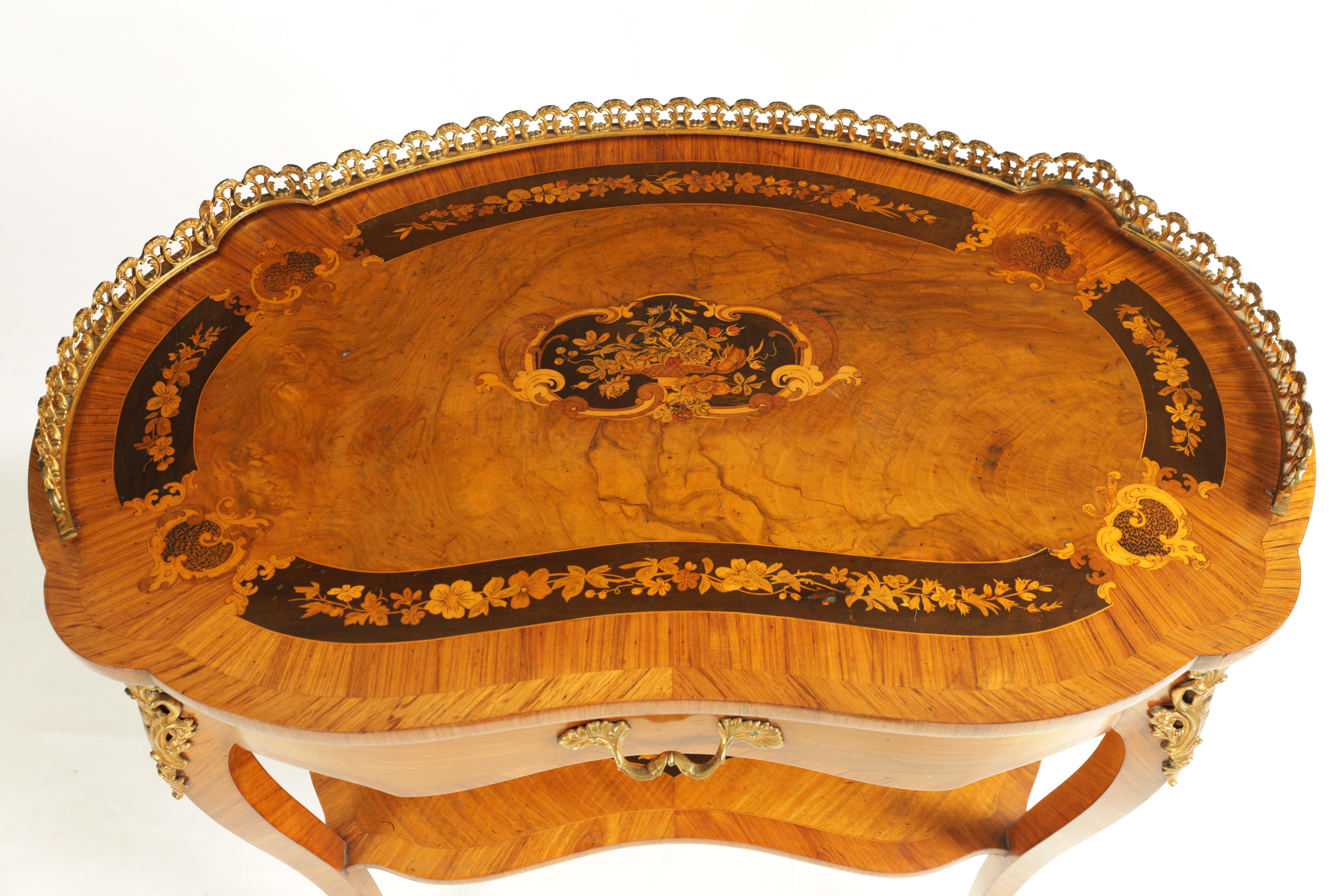 A FINE 19TH CENTURY MARQUETRY INLAID WALNUT KIDNEY SHAPED WRITING TABLE with raised brass - Image 6 of 10