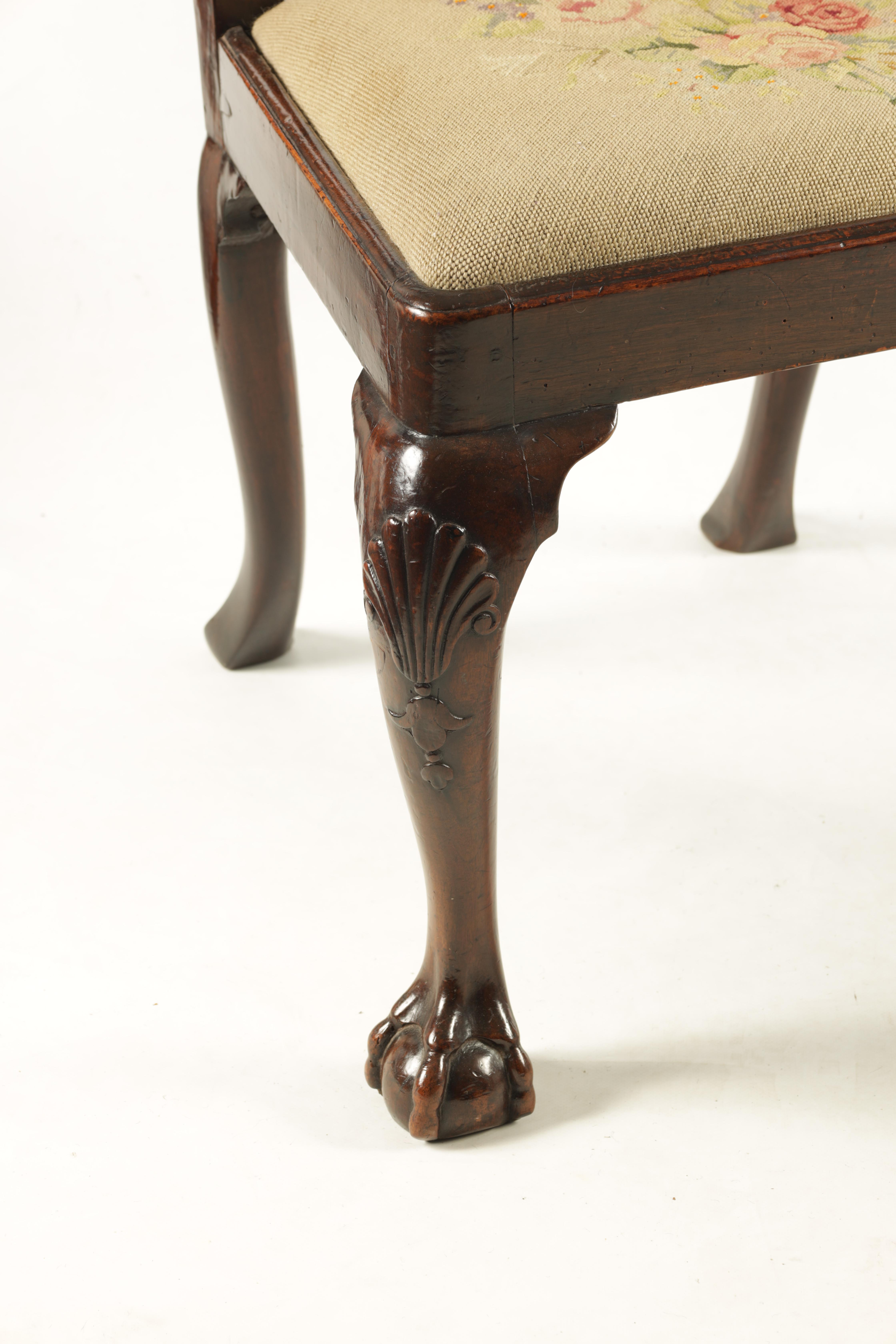A PAIR OF GEORGE I WALNUT SIDE CHAIRS with leaf carved and scrolled top rails above vase-shaped - Image 2 of 12