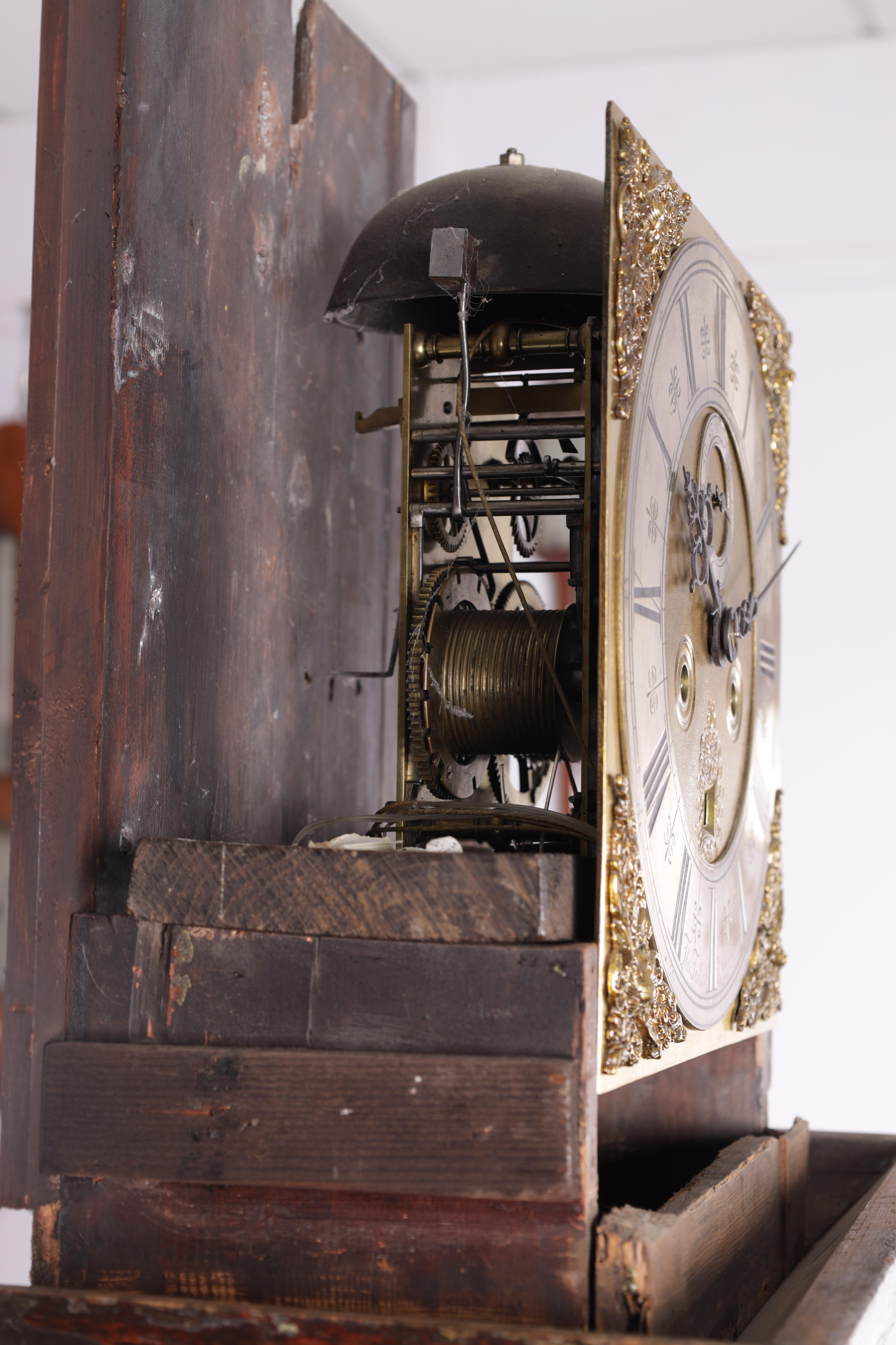 """THOMAS TALBOT, NAMPTWICH (NANTWICH) AN EARLY 18TH CENTURY 11"""" BRASS EIGHT-DAY LONGCASE CLOCK in a - Image 2 of 5"""