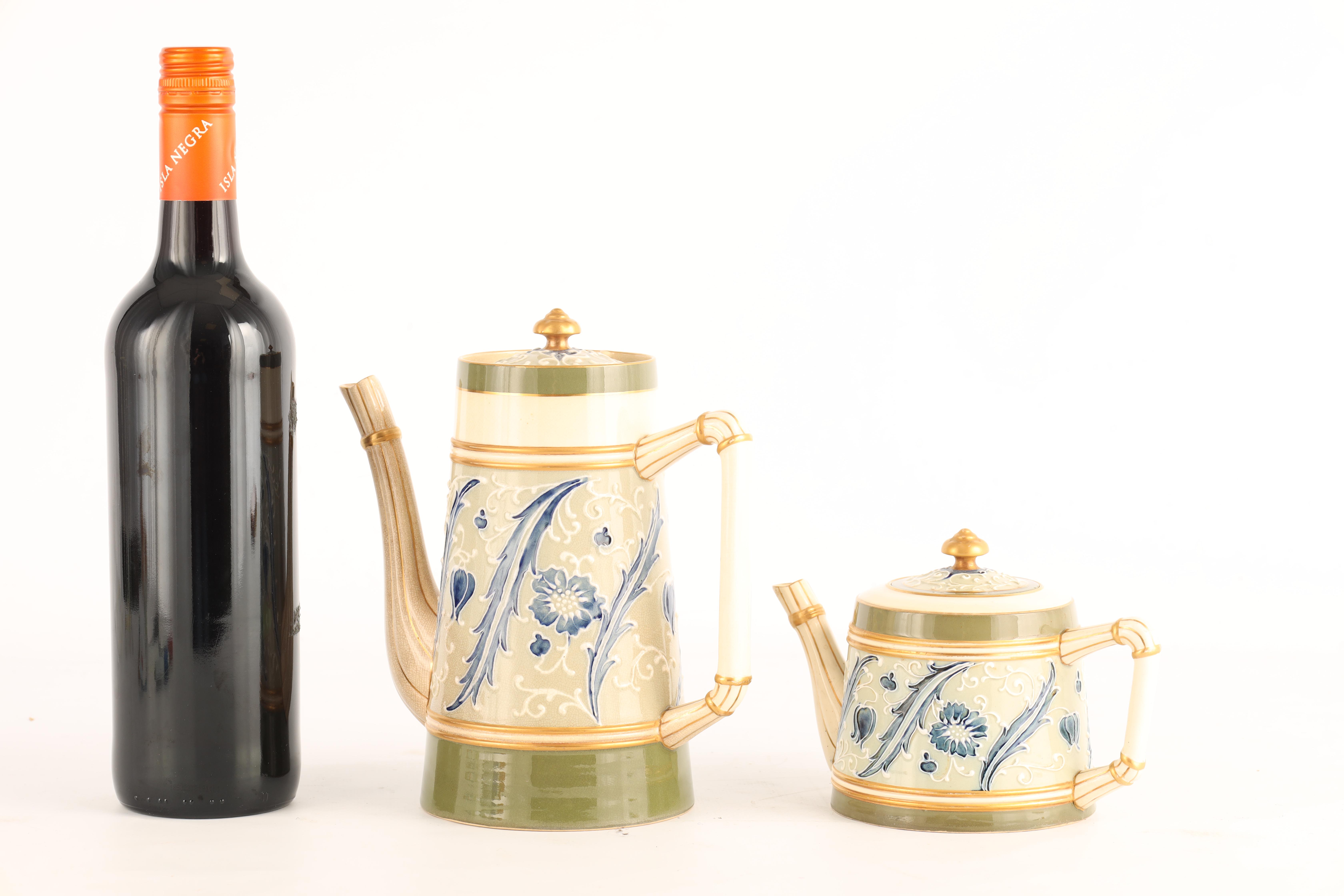AN EARLY MACINTYRE BURSLEM TAPERING COFFEE POT AND MATCHING TEAPOT decorated in the Sicilian - Image 2 of 10