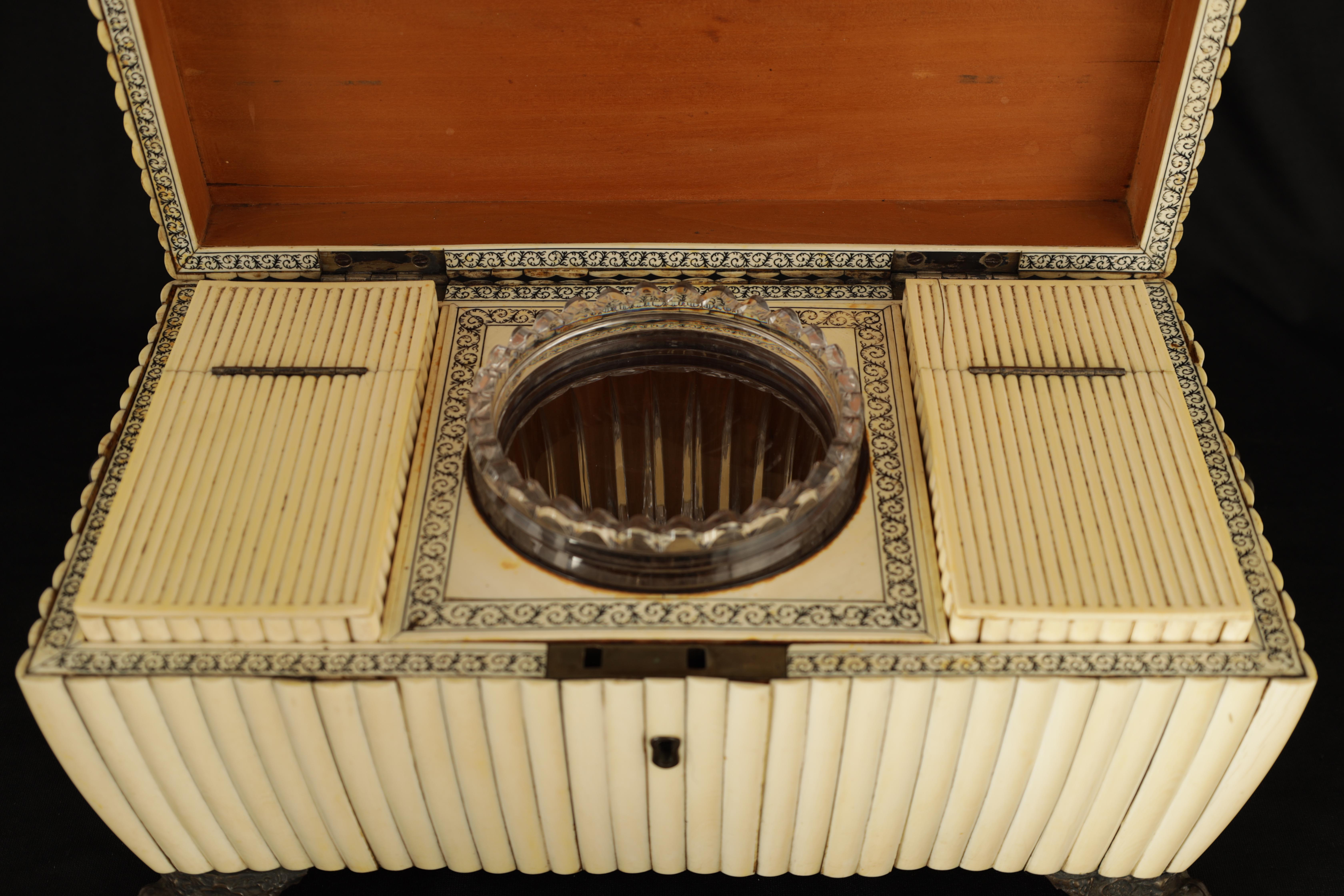 A REGENCY ANGLO-INDIAN IVORY AND SANDALWOOD VIZAGAPATAM TEA CADDY of sarcophagus form with gadroon - Image 4 of 12