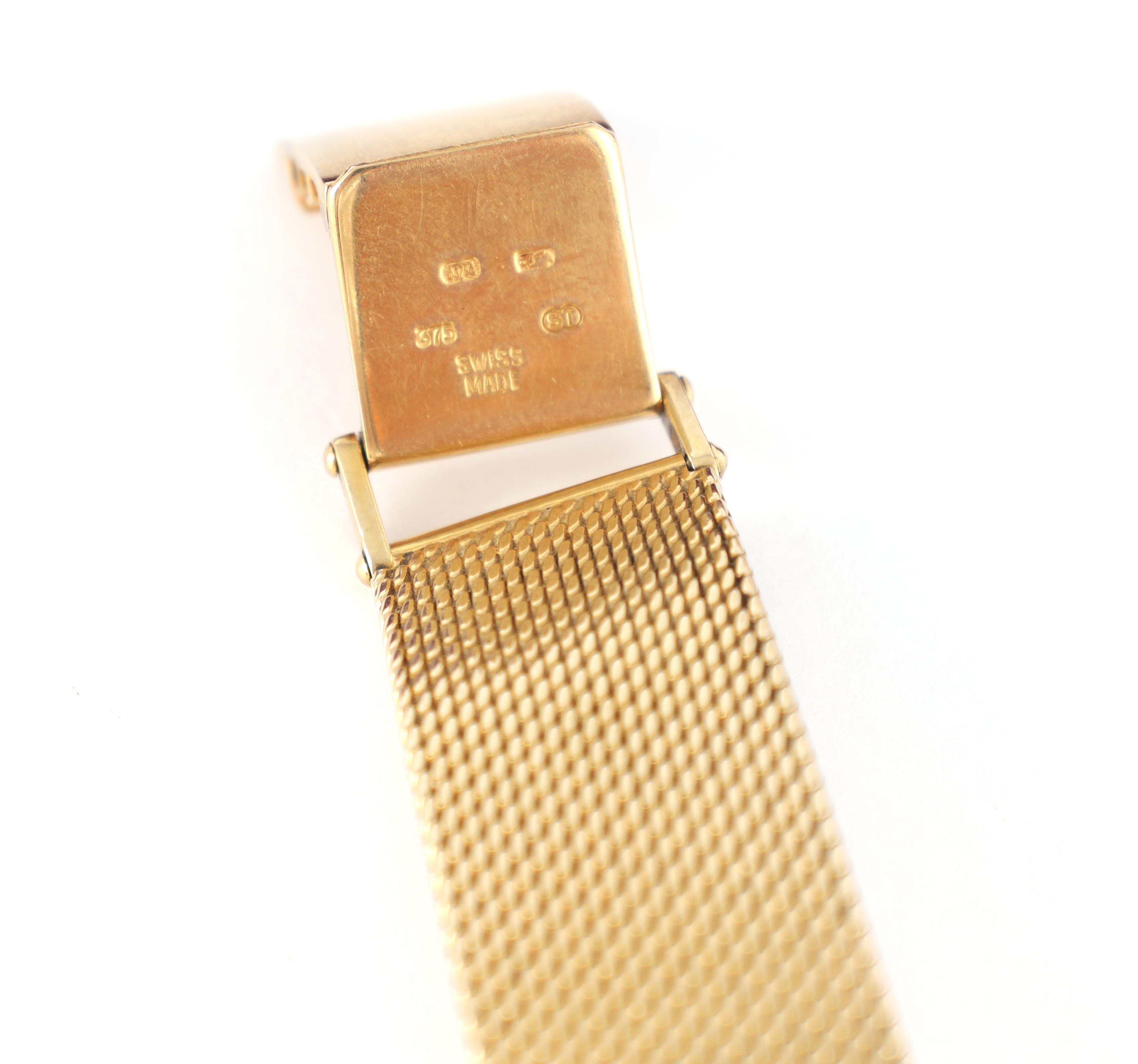 A GENTLEMAN'S 9CT GOLD SEIKO WRISTWATCH on original 9ct gold bracelet The white enamel dial with - Image 8 of 8