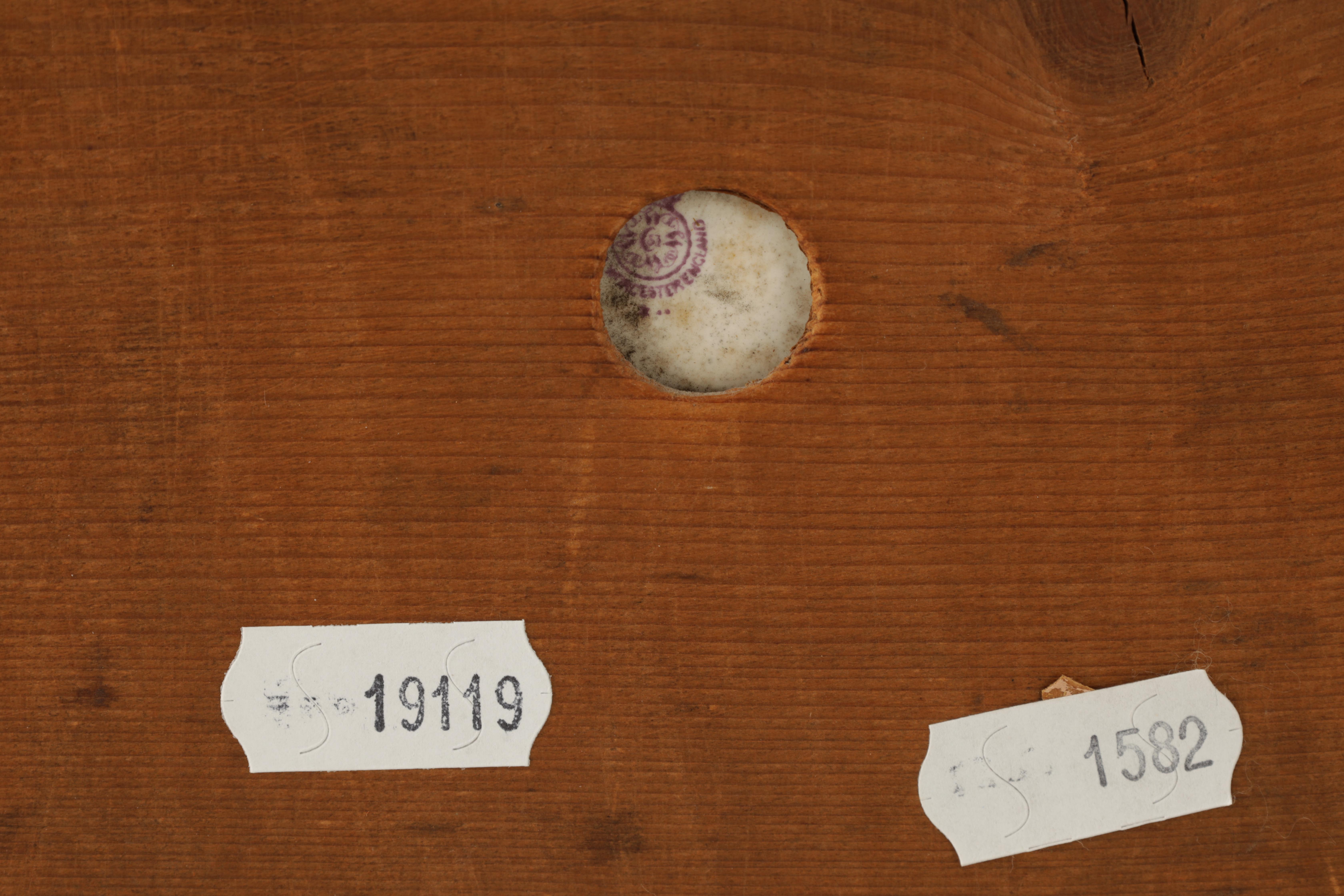 JAMES STINTON 1870-1961. A SIGNED PAIR OF ROYAL WORCESTER CIRCULAR PORCELAIN PLAQUES painted with - Image 7 of 8