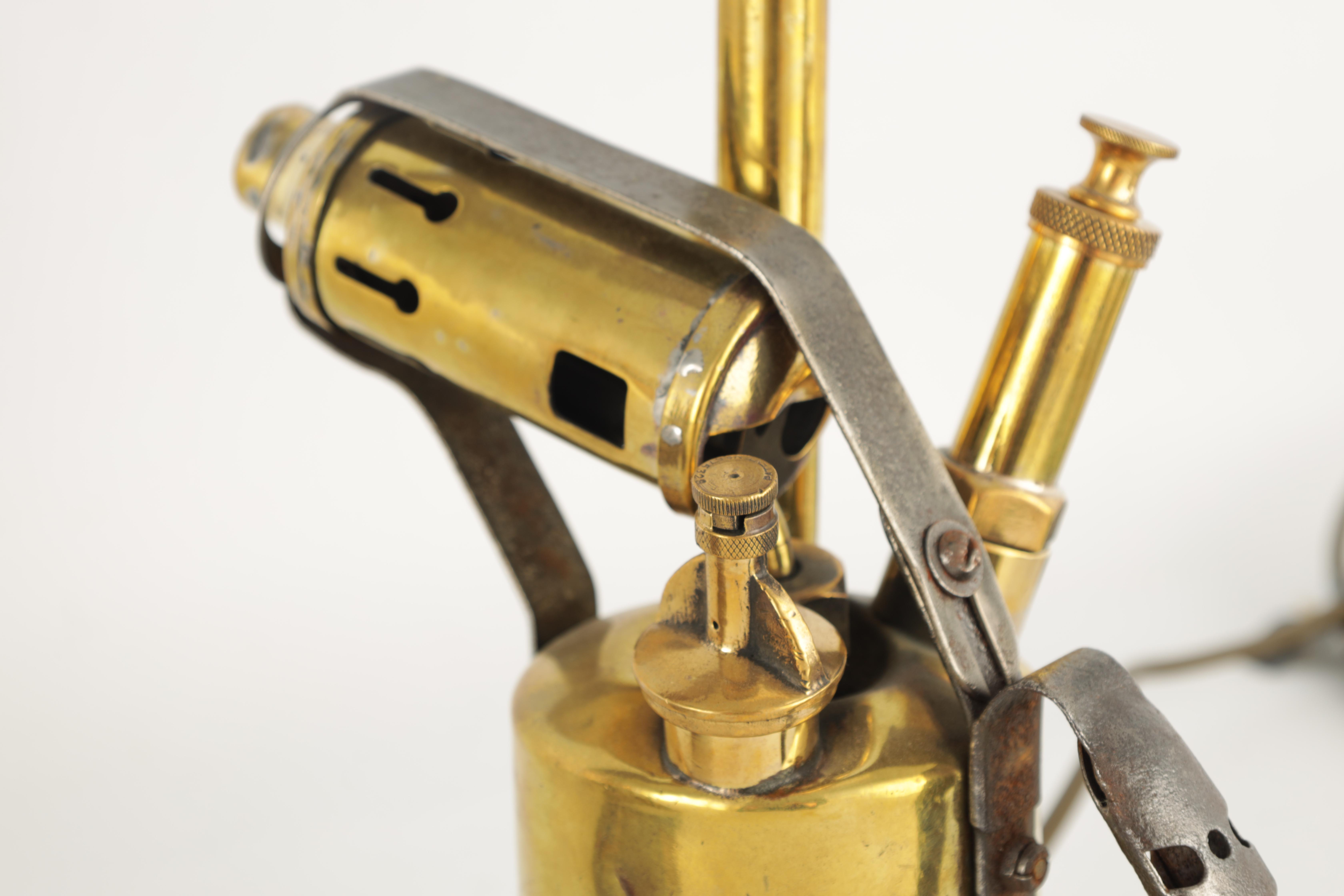 A 19TH CENTURY LACQUERED BRASS MONOCULAR MICROSCOPE with shaped base and rack and pinion focusing - Image 4 of 4