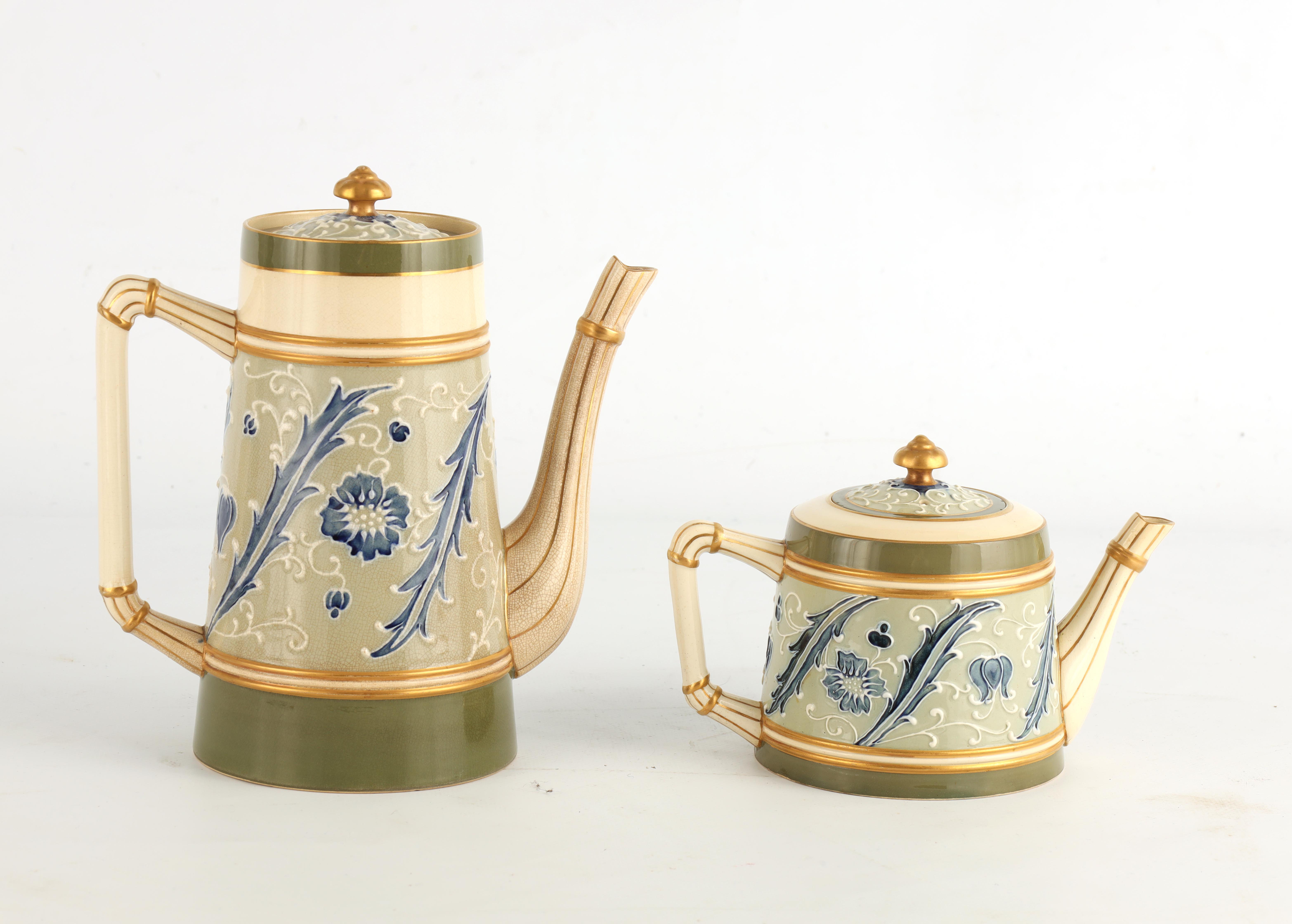 AN EARLY MACINTYRE BURSLEM TAPERING COFFEE POT AND MATCHING TEAPOT decorated in the Sicilian - Image 5 of 10