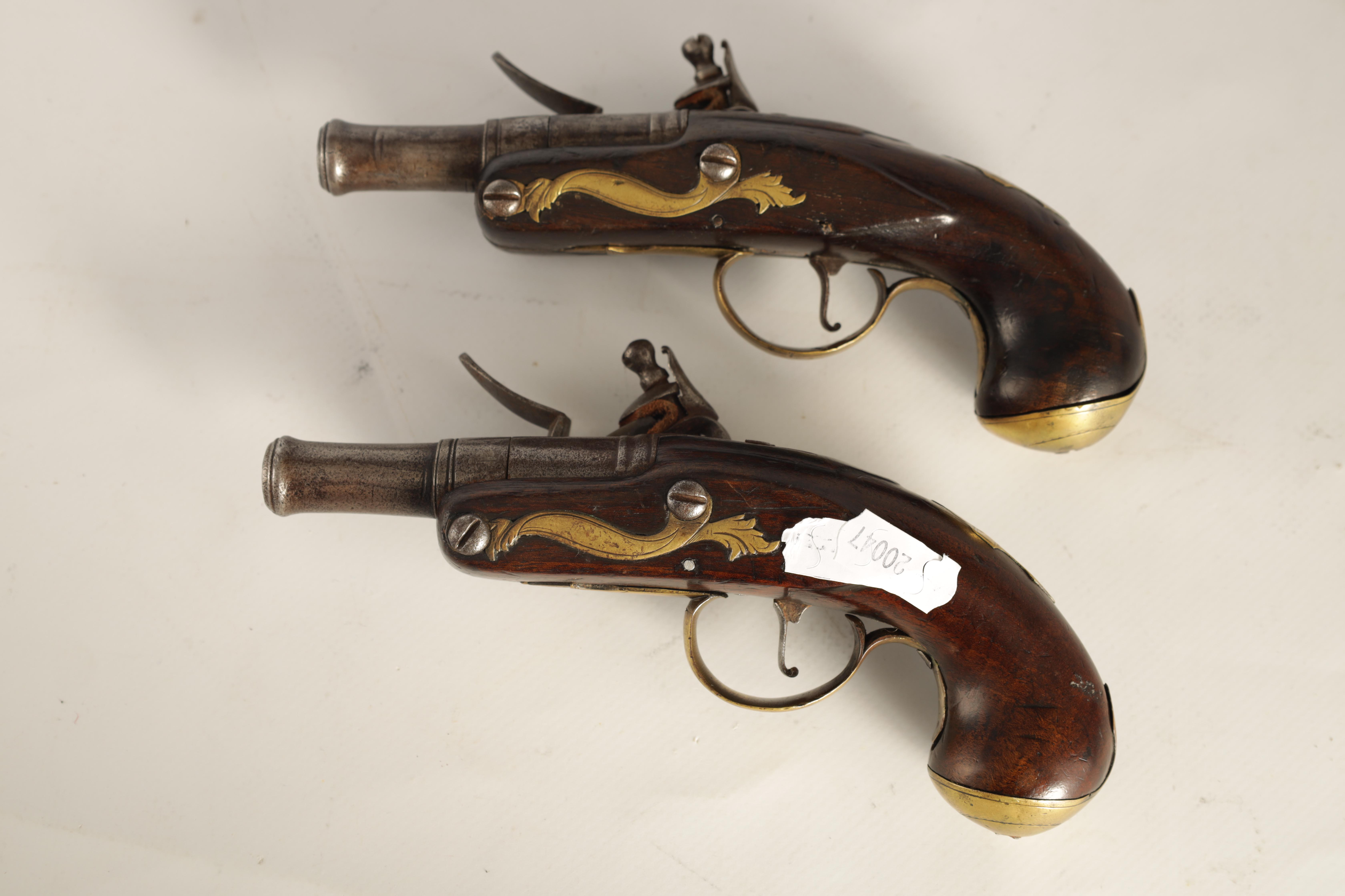 T. JONES. A PAIR OF EARLY 18TH CENTURY FLINTLOCK POCKET PISTOLS with turn-off cannon barrel, - Image 9 of 14