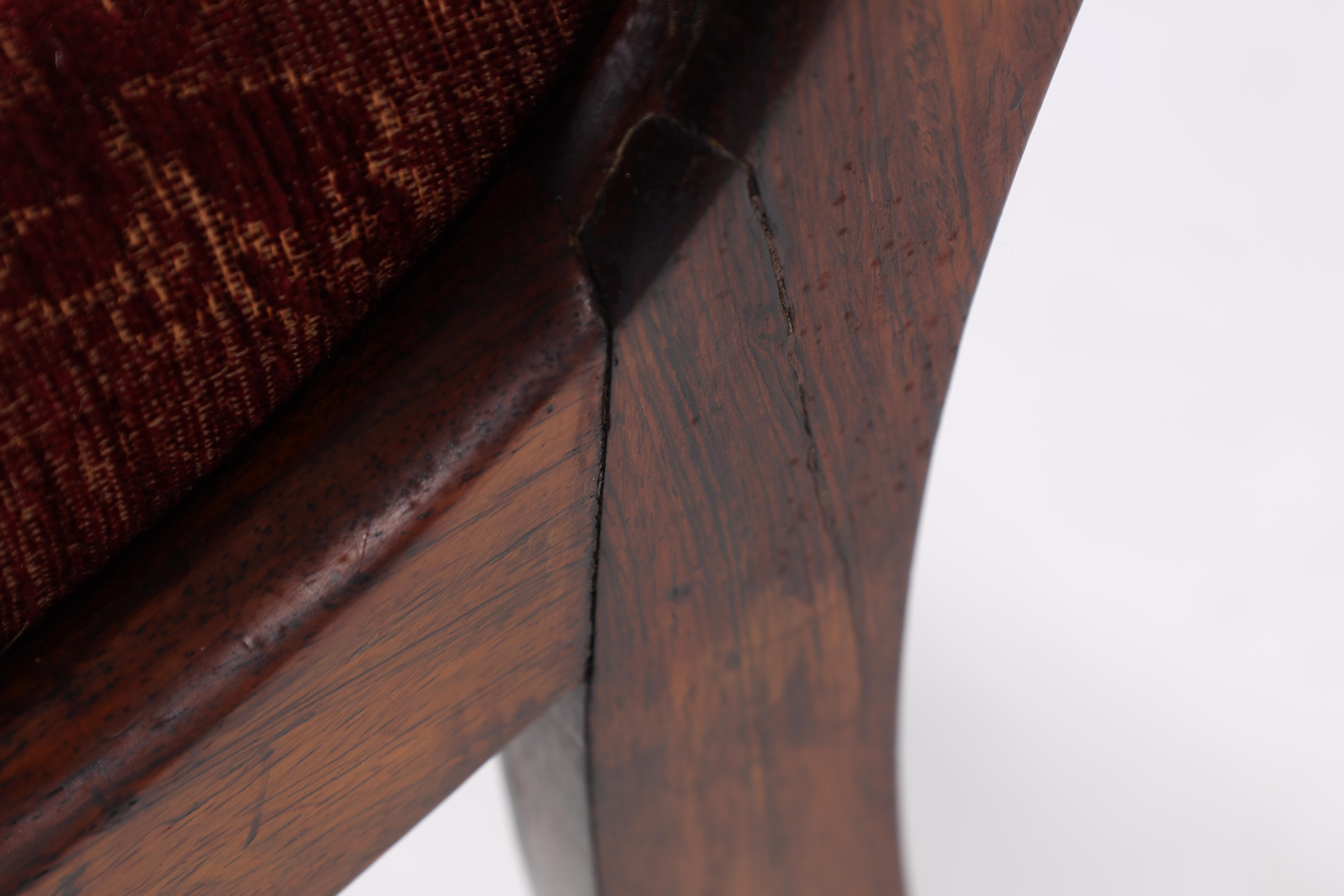 A SET OF EIGHT REGENCY ROSEWOOD DINING CHAIRS having gadrooned back splats and carved stretchers, - Image 6 of 8