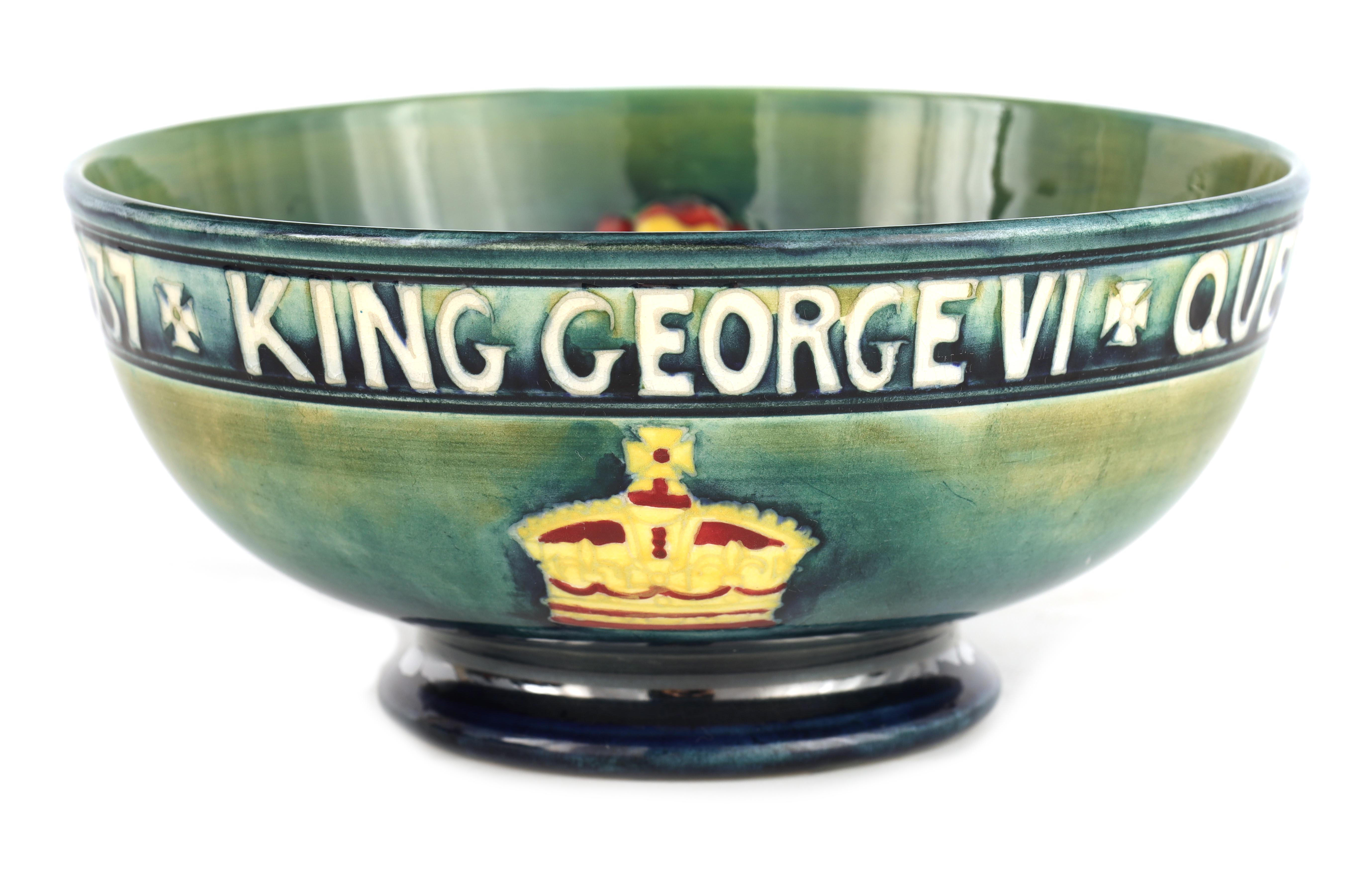 A 1930S MOORCROFT FOOTED BOWL COMMEMORATING THE CORONATION OF GEORGE VI AND QUEEN ELIZABETH MAY 12th