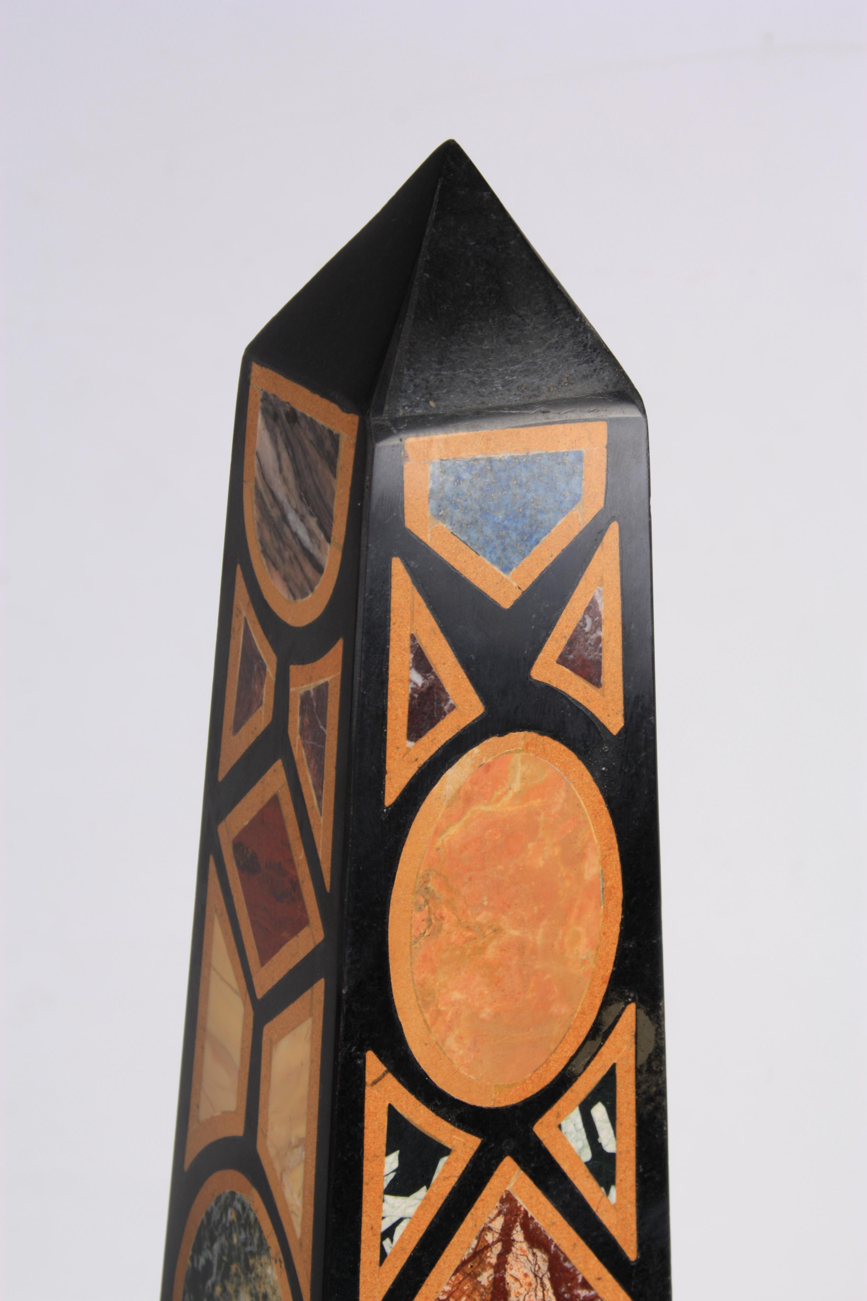 A LARGE AND IMPRESSIVE PAIR OF 20TH CENTURY REGENCY STYLE SPECIMEN MARBLE OBELISKS inlaid with - Image 5 of 7
