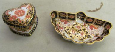 Two Derby saucers, small saucer and cup (a/f), Royal Crown Derby saucer and cup (a/f), Derby vase,