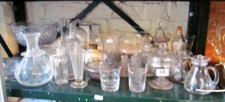 Some mixed glass items