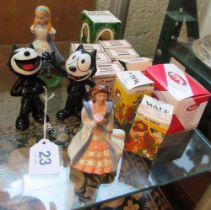 Six Wade Bear Ambitious figures, Wade Disney 'Lady' and 'Tramp', Humpty Dumpty (boxed), Bear on