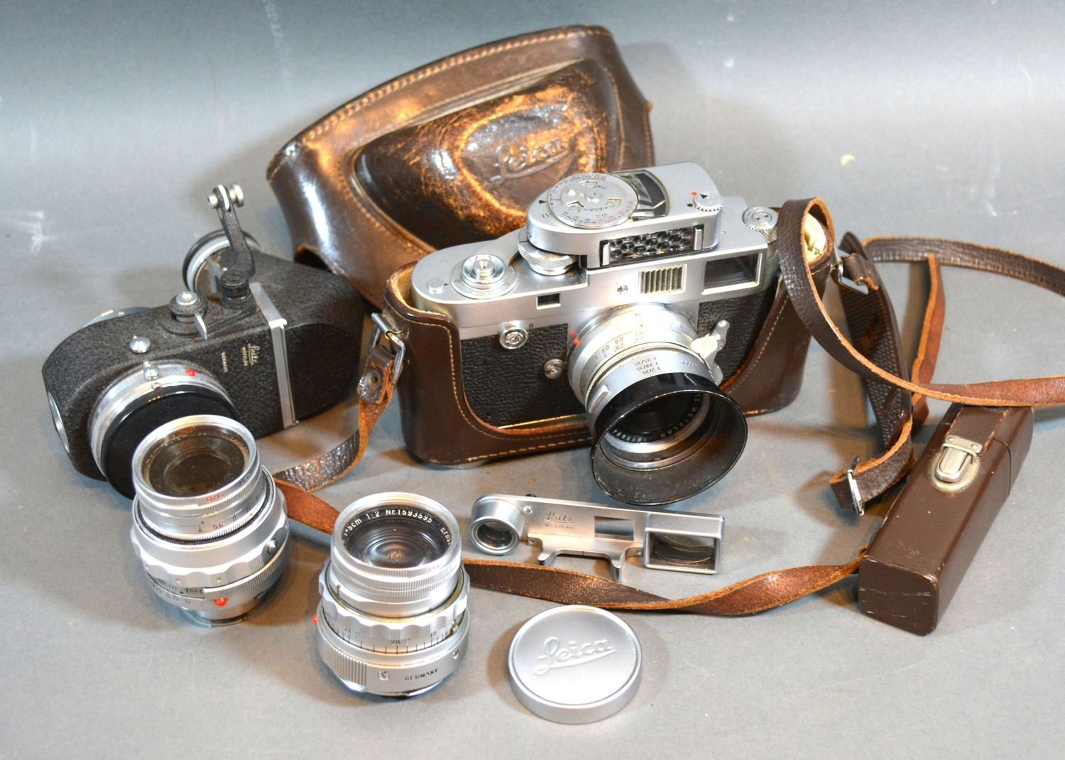 A Leica M2 Camera Serial Number 970051 together with a Leitz Betzlar 1815684 Summaron 1.28/35