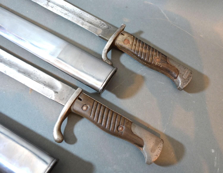 Two G98 German WWI bayonets, 50cms long - Image 2 of 2