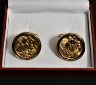 Gold Sovereigns 1913 and 1915 mounted as Cufflinks (Gold mounts 9ct), Boxed